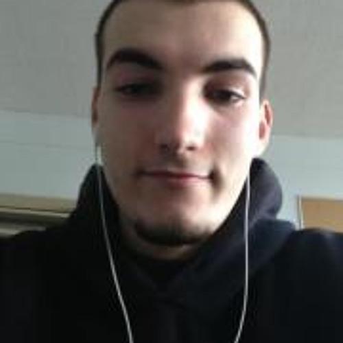 Maxime Chouinard 2's avatar