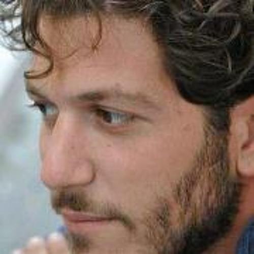 Luciano De Luca's avatar