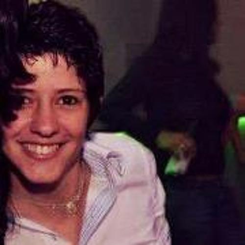 Amanda Lacerda 2's avatar