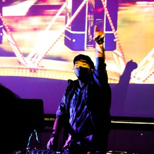 DJ Harshh's avatar