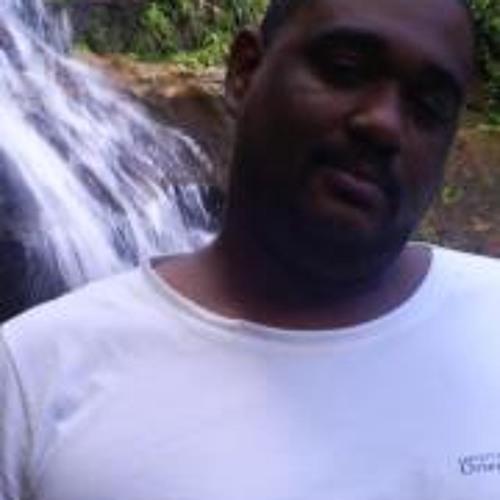 Fernando Junior 35's avatar