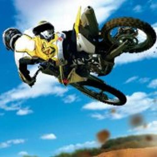 Taino Lucena's avatar