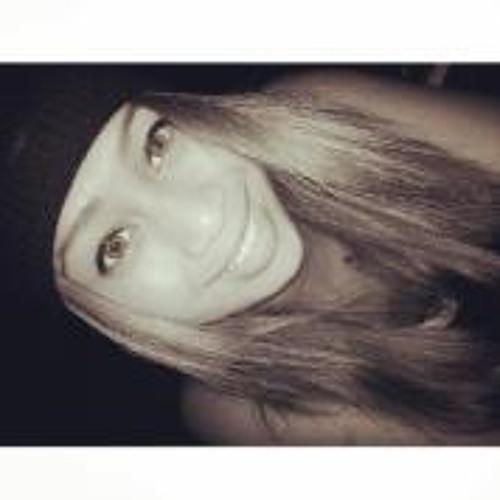 Emeline Togafau's avatar