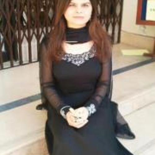 Madiha Arif's avatar