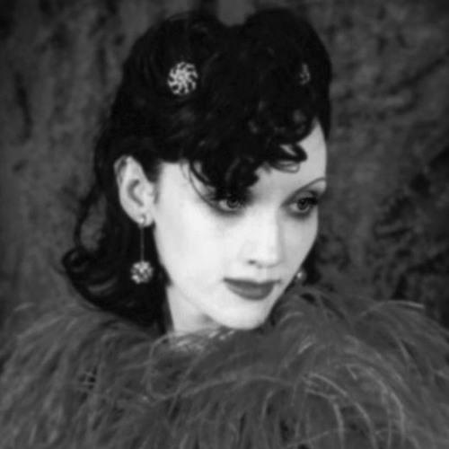 She Rocola's avatar