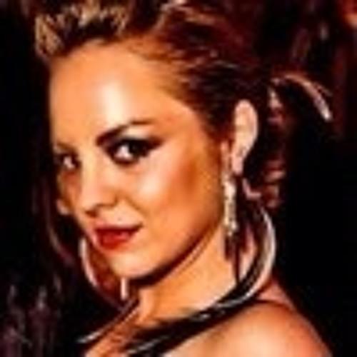 monicalia's avatar