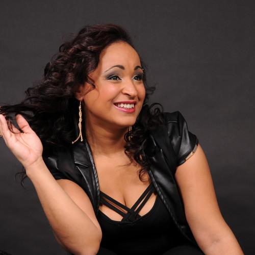 Marizia do Rosario's avatar