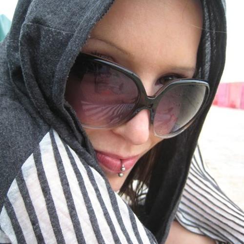 Tara Vanessa's avatar