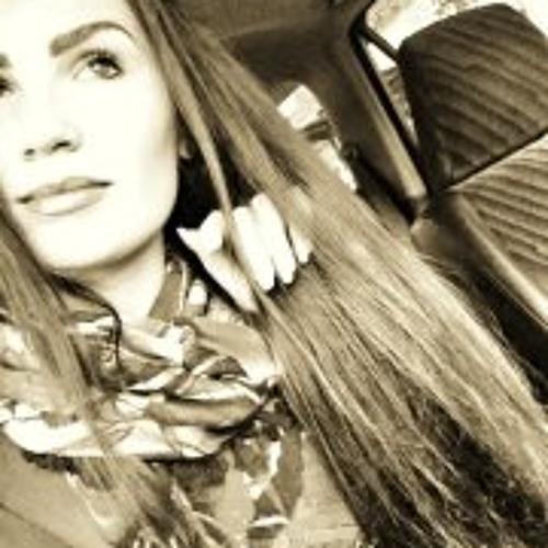 NadiaGolik's avatar