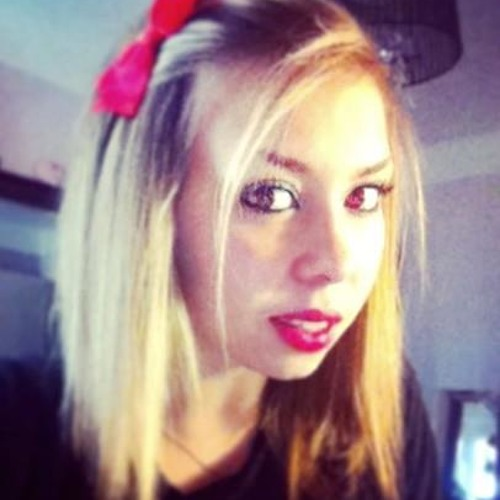 Julie Del Baño's avatar