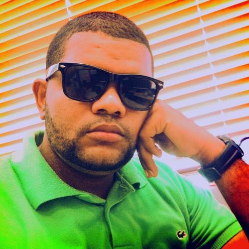 Manny_Btz's avatar