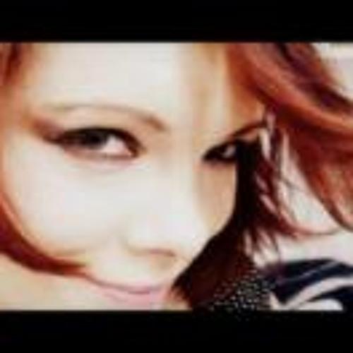 Sarah Bourdon's avatar