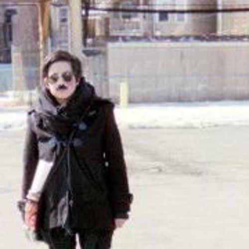 Carla Vee's avatar