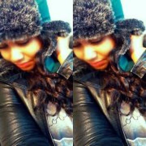 Prettiee Lovee Mwahss's avatar