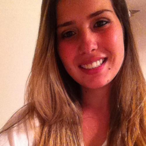 Karoline Barbosa's avatar