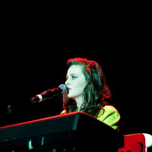 Halle Drew Charlton's avatar