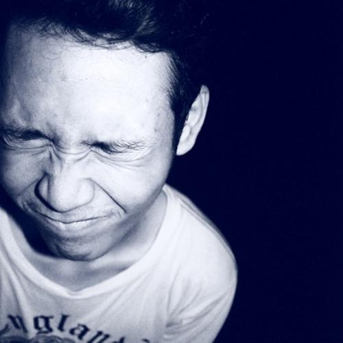 nuvarisrivera's avatar