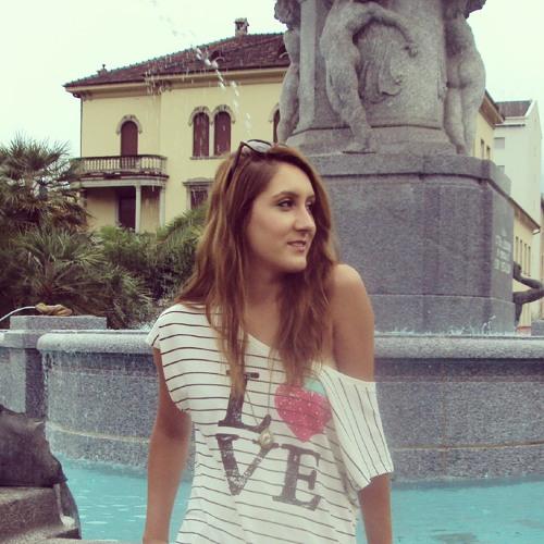 Ivana Paskova's avatar