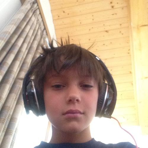 Tinius7's avatar