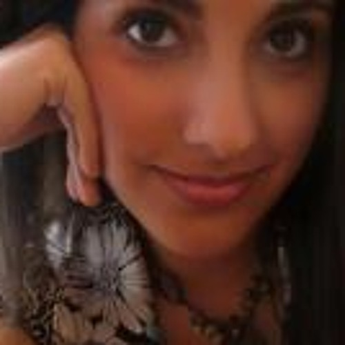 Erika Rizo's avatar
