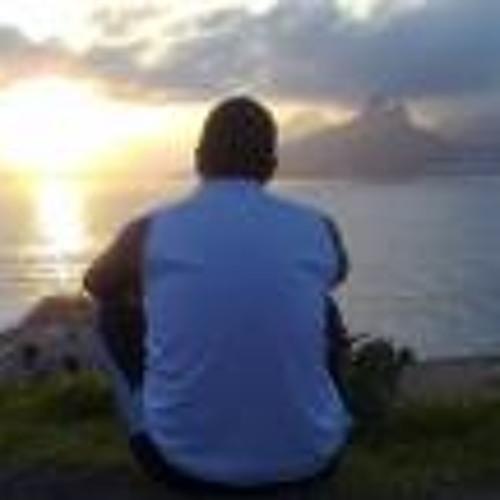 Roberto Filho 7's avatar