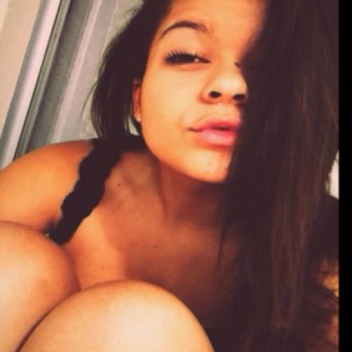 Mariana Martins 7's avatar
