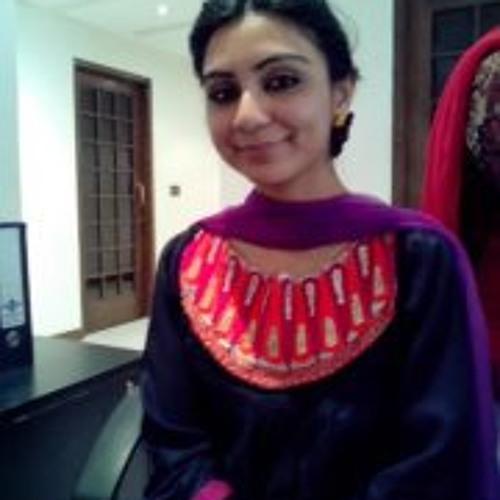 Javeria Tariq's avatar