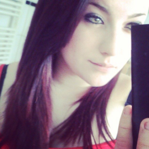 Nora Mills's avatar