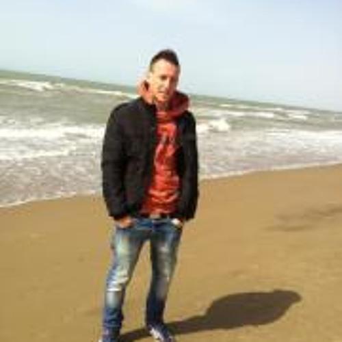 Laurentiu Zotic's avatar