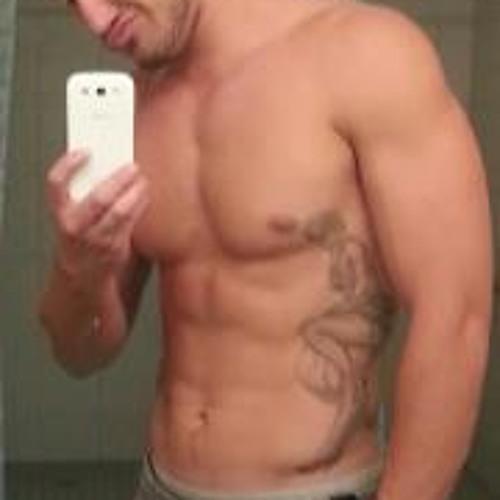 Ashton Hiatt's avatar