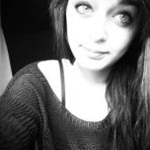 Emma Carena 1's avatar