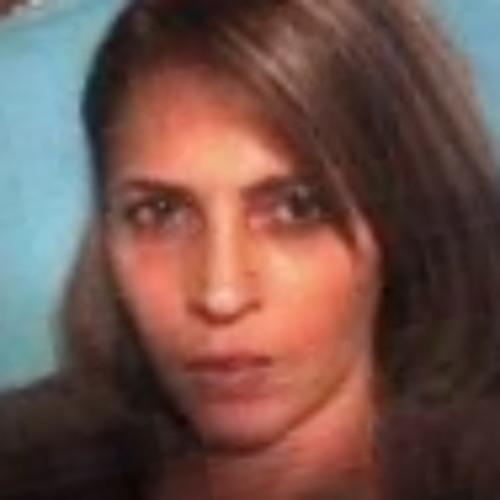 Elidia Fagundes's avatar