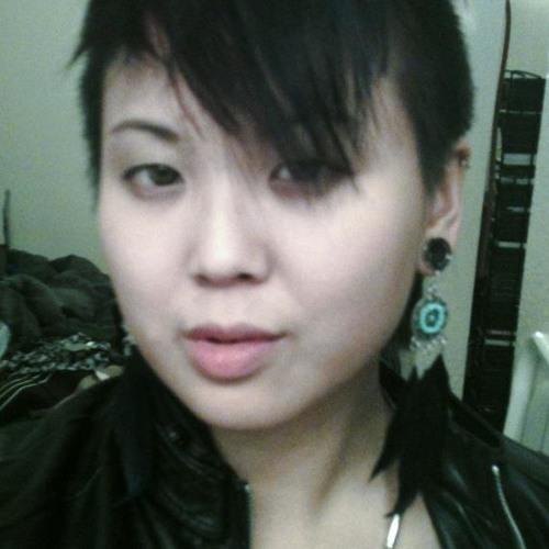 Suzy Kim 4's avatar