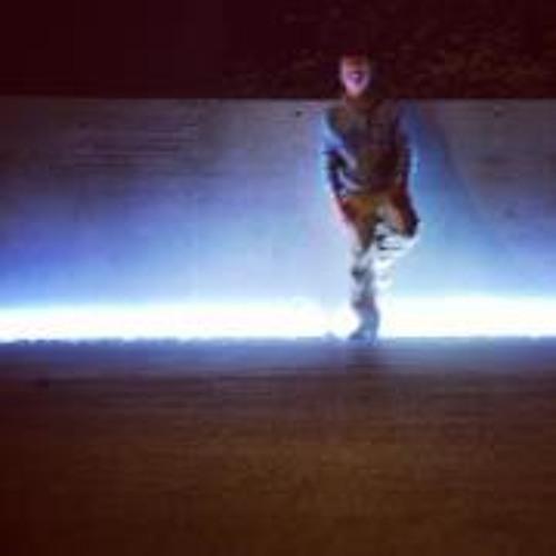 Dylan Fischer 2's avatar