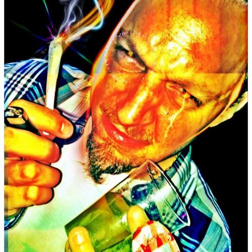 CharlyCharlzz's avatar