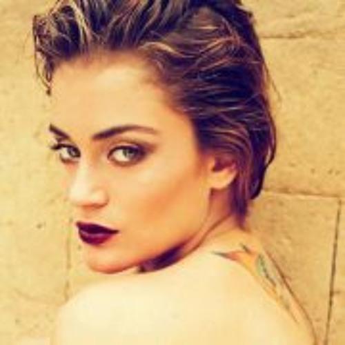 Najla Nasser's avatar