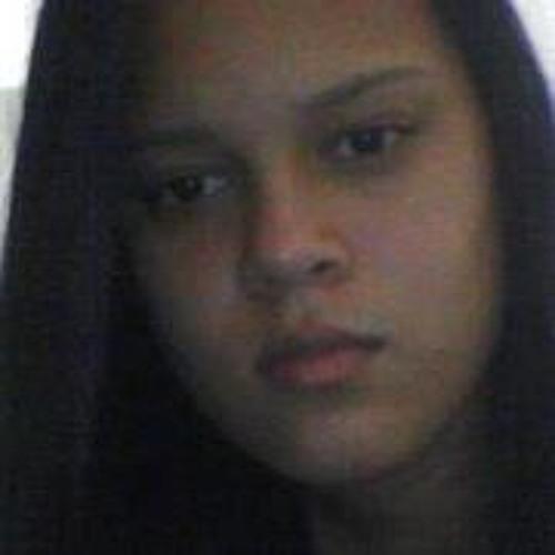 Sthella Araujo's avatar