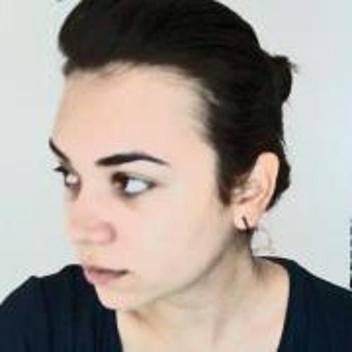 Carla Viera's avatar