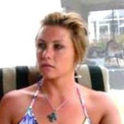 Tiffany Derouvile's avatar