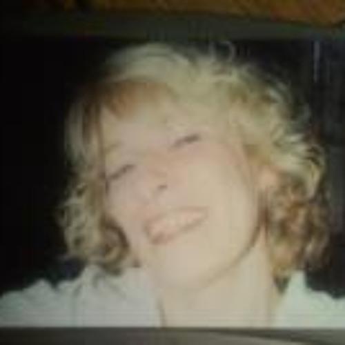 Debbie Martin 7's avatar