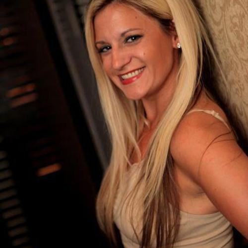 Erin Noel DiCarlo's avatar