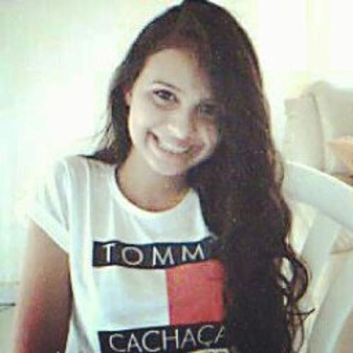 Aline Dias 15's avatar