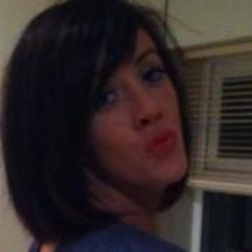 Nadine Large's avatar