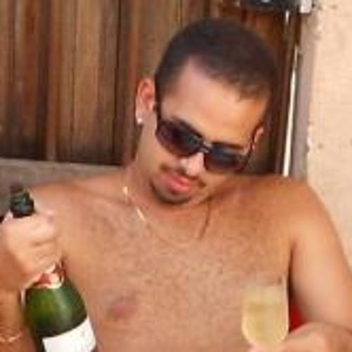 Arthur Santos Cândido's avatar