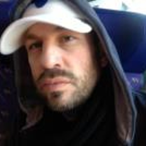 Oliver Wendelin Wronka's avatar