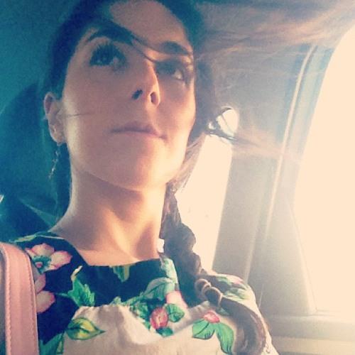 Juliana Cuder's avatar