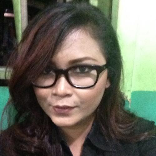 adelinadinaa's avatar