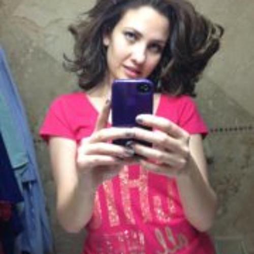 Ana De La Cruz 3's avatar