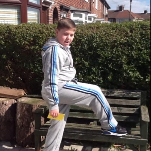 bradley darnell's avatar