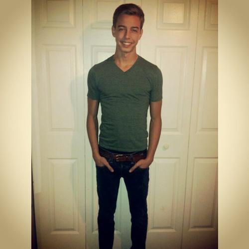 Andre Sebastian Peraza's avatar